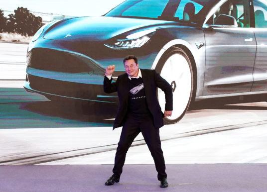 Tesla devance Toyota pour devenir le plus grand constructeur automobile au monde
